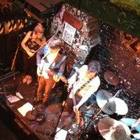 Foto tirada no(a) 12 Bar Club por Christopher L. em 7/12/2012
