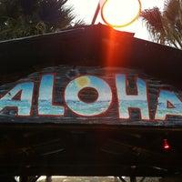 รูปภาพถ่ายที่ Hula Hut โดย Tom K. เมื่อ 12/31/2011
