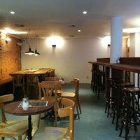 รูปภาพถ่ายที่ OR Coffee Bar โดย Valentine V. เมื่อ 2/14/2012
