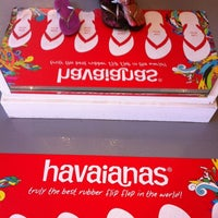 47ee985dc4b9bb ... Photo taken at Havaianas by Gia A. on 7 15 2012 ...