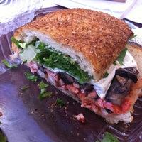Foto scattata a Bocca Cucina Italiana da Rob M. il 3/30/2012