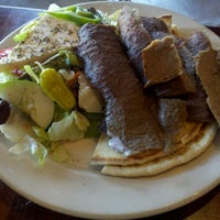 Снимок сделан в Acropolis Greek Taverna пользователем Jodi M. 10/16/2011