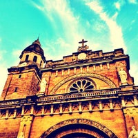 Foto tirada no(a) Cathedral-Basilica of the Immaculate Conception of Manila (Manila Cathedral) por @romainvillaroza em 1/29/2012