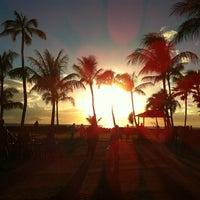 8/21/2012 tarihinde Babar R.ziyaretçi tarafından Paradise Cove Luau'de çekilen fotoğraf