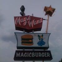 Photo prise au Magic Wand par Karah H. le7/27/2011
