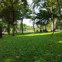 Das Foto wurde bei Suan Santi Phap von Miixel2 C. am 10/30/2011 aufgenommen