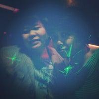 Foto tirada no(a) PLAY Bar & Club por Febryana A. em 8/11/2012