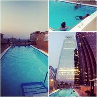 6/22/2012にAdamがThe Windsor Suitesで撮った写真