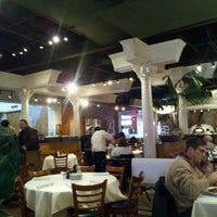 Das Foto wurde bei BRAVO! Cucina Italiana von Erik D. am 2/14/2012 aufgenommen