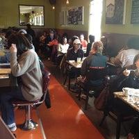 Foto diambil di Brown Sugar Kitchen oleh Steve G. pada 3/18/2012