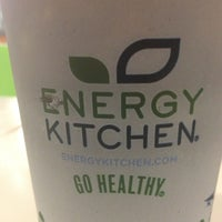 Foto tomada en Energy Kitchen por Beth B. el 3/4/2012
