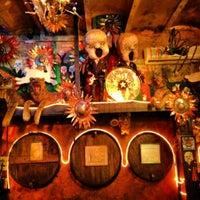 Das Foto wurde bei Gran Bodega Saltó von Wayne L. am 4/21/2012 aufgenommen