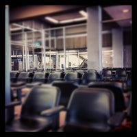 Das Foto wurde bei Monterey Regional Airport (MRY) von Frank M. am 4/23/2012 aufgenommen