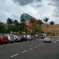 Foto scattata a Shopping Iguatemi da Le T. il 2/19/2012