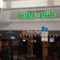 8/6/2012にJean P.がMickey Byrne's Irish Pubで撮った写真