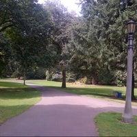 Das Foto wurde bei Laurelhurst Park von Lauren S. am 8/20/2012 aufgenommen