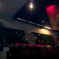 Das Foto wurde bei Open Café & Wine Bar von gimena l. am 7/29/2012 aufgenommen