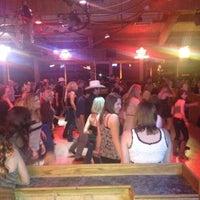 4/1/2012にAndrew H.がBorderline Bar & Grillで撮った写真