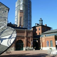 Photo prise au The Distillery Historic District par Renaud B. le11/5/2011