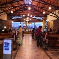 Снимок сделан в Templo De San Rafael пользователем Fernanda M. 12/11/2011