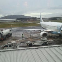Foto tirada no(a) George Best Belfast City Airport (BHD) por Andy A. em 12/23/2011