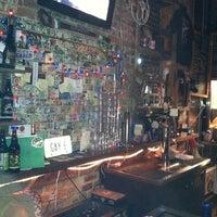 3/19/2012 tarihinde Ralph G.ziyaretçi tarafından Jack Brown's Beer & Burger Joint'de çekilen fotoğraf