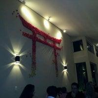 Foto tirada no(a) Zettai - Japanese Cuisine por Roberto Eduardo L. em 1/7/2012