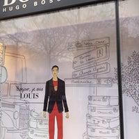 Foto tomada en BOSS Store por Pierre P. el 3/4/2012