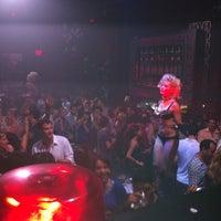 Photo prise au Spazio Nightclub par Gerardo M. le7/31/2011