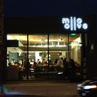 Foto tirada no(a) Milo and Olive por Remil M. em 4/11/2012