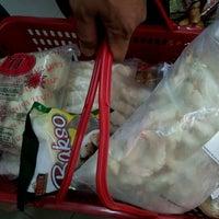En Frozen Flea Market