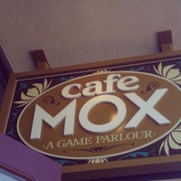 Снимок сделан в Cafe Mox пользователем Darren M. 8/4/2012