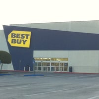Best Buy - 33 tips from 3141 visitors