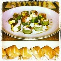 Foto scattata a Sushi Yoko da ROX F. il 6/25/2012