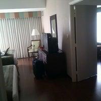 Foto tomada en Hotel Clarion Suites Guatemala City por Carlos M. el 10/24/2011