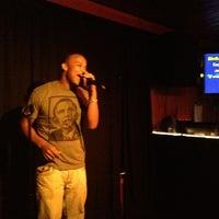 Das Foto wurde bei Redwing Bar & Grill von Eric C. am 6/30/2012 aufgenommen