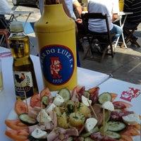 Foto tirada no(a) Bar do Luiz Fernandes por Marcello R. em 6/20/2012