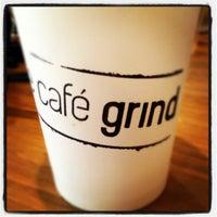 Foto tirada no(a) The Café Grind por Brian Q. em 5/22/2012
