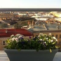 รูปภาพถ่ายที่ Kempinski Hotel Moika 22 โดย Elena P. เมื่อ 5/15/2012
