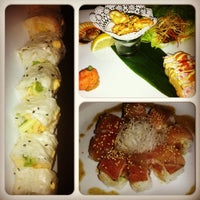 8/24/2012 tarihinde Mimi P.ziyaretçi tarafından Takami Sushi'de çekilen fotoğraf