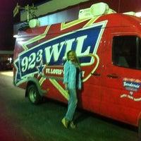 Foto scattata a Twisted Bull Saloon da Rachel G. il 9/8/2011