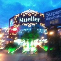 1/12/2012 tarihinde Tiago R.ziyaretçi tarafından Shopping Mueller'de çekilen fotoğraf
