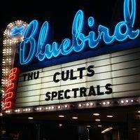 Photo prise au Bluebird Theater par Devan le4/13/2012