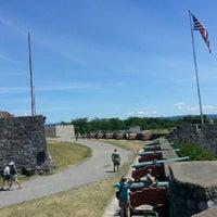 Foto tirada no(a) Fort Ticonderoga por Michael J. em 7/25/2012