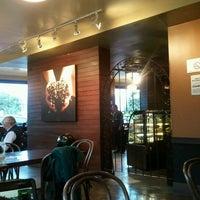 5/27/2012 tarihinde Katherine N.ziyaretçi tarafından Starbucks Coffee'de çekilen fotoğraf