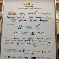 Foto tomada en Flash Memory Summit por Scott S. el 8/21/2012