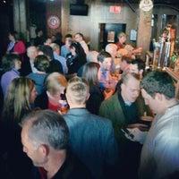 4/15/2012 tarihinde Jeff R.ziyaretçi tarafından Saint John Ale House'de çekilen fotoğraf