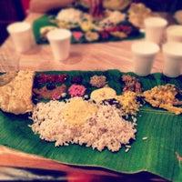 Das Foto wurde bei Utsav Family Restaurant von Hameed Y. am 8/29/2012 aufgenommen