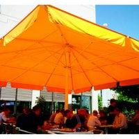 Foto diambil di Restaurant Markthalle oleh Matthias A. pada 7/31/2012