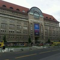 Das Foto wurde bei Kaufhaus des Westens (KaDeWe) von Musa G. am 5/30/2012 aufgenommen